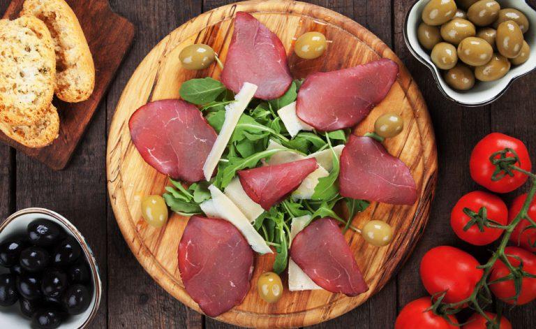 Na mesa, os italianos escolheram a tradição, mas com mais leveza